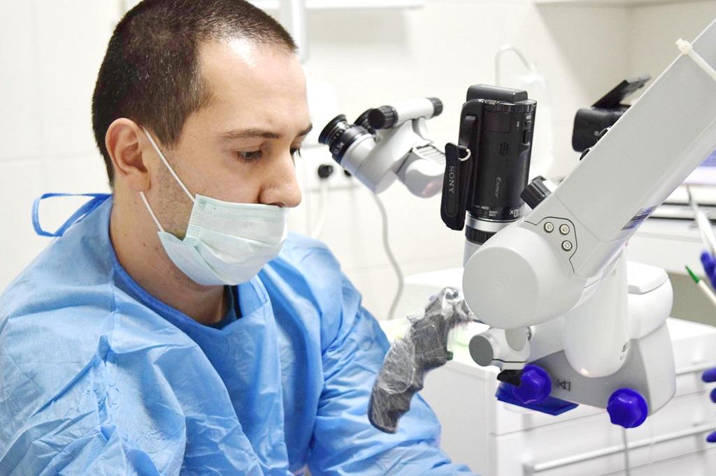 ბუნებრივი კბილების გადანერგვა ბათუმში. კბილების ტრანსპლანტაცია My Dent-ში